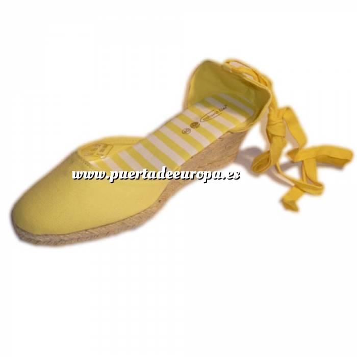 Imagen Tallas 35-39 Valenciana tacón Cerrada Amarilla suela rayas Talla 39 (PDE) Y104607 (Últimas Unidades)